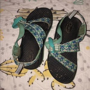 Girls Chacos size 10